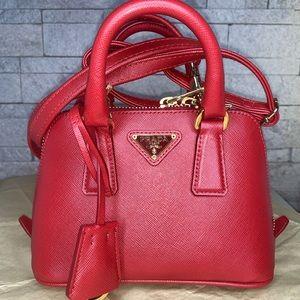 ❣️BRAND NEW PRADA Saffiano Lux Mini Leather Bag ❣️